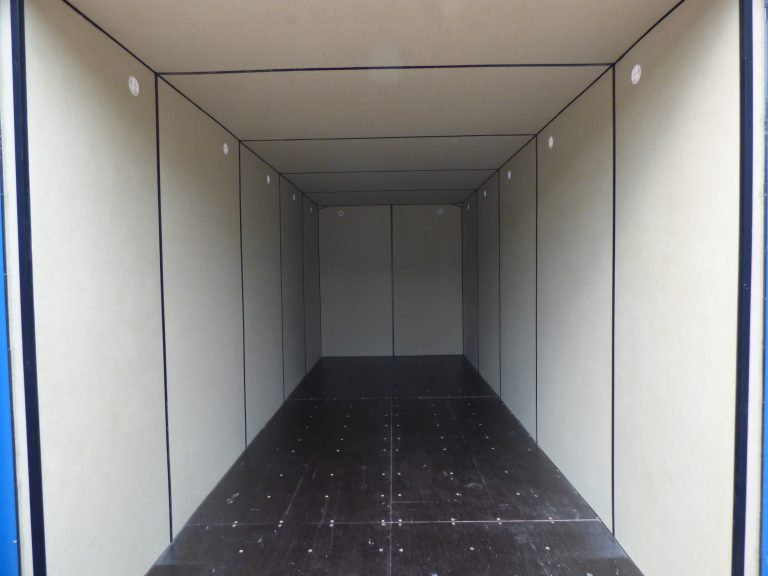 Premium insulated self storage box